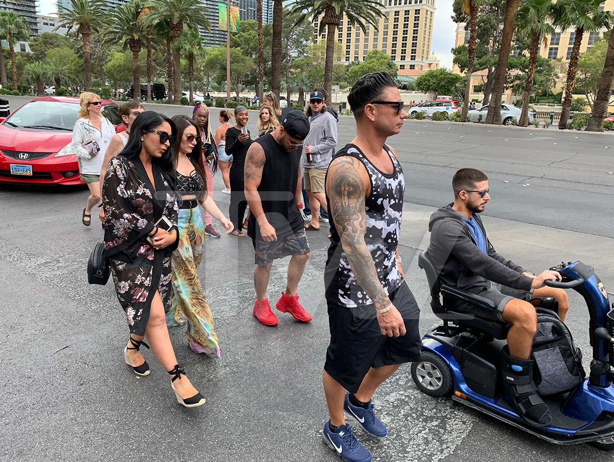 Vinny Guadagnino Injures Ankle During Chippendales Gig