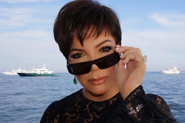 Kris Jenner Wants More KUWTK; Kardashian Sisters Don't