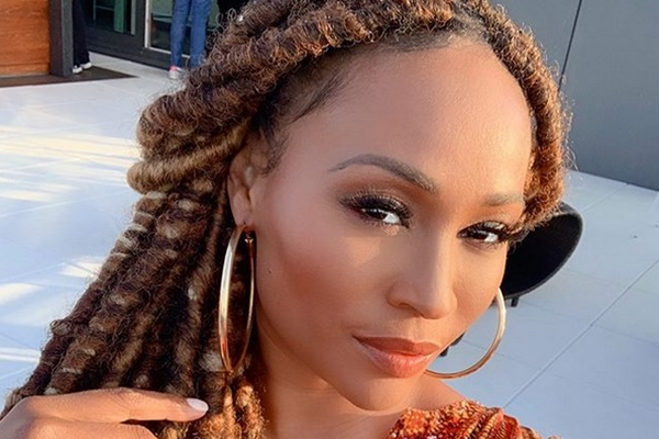 Cynthia Bailey Questions Kenya Moore Engagement Hunch