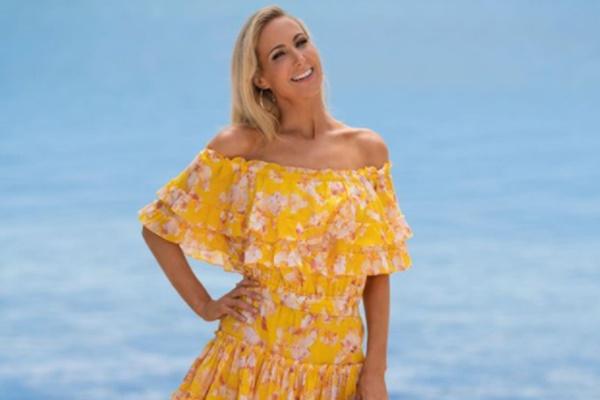 Comedian + FBoy Island Host Nikki Glaser Speaks on FBoy Island